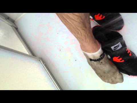 cleaning my Nike air max 90's after mud bath