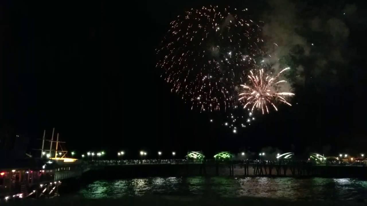 4th Of July 2016 Fireworks At Redondo Beach Pier Hyperlapsed