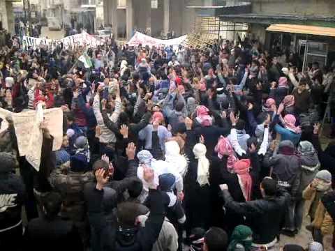 مظاهرة حماه حي كازو جمعة زحف الى ساحات الحرية 30 12 2011 ج3