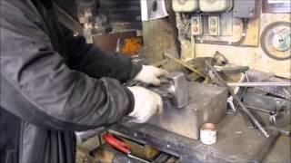 Элемент железной оградки можно сделать за несколько секунд(, 2015-06-04T04:03:33.000Z)