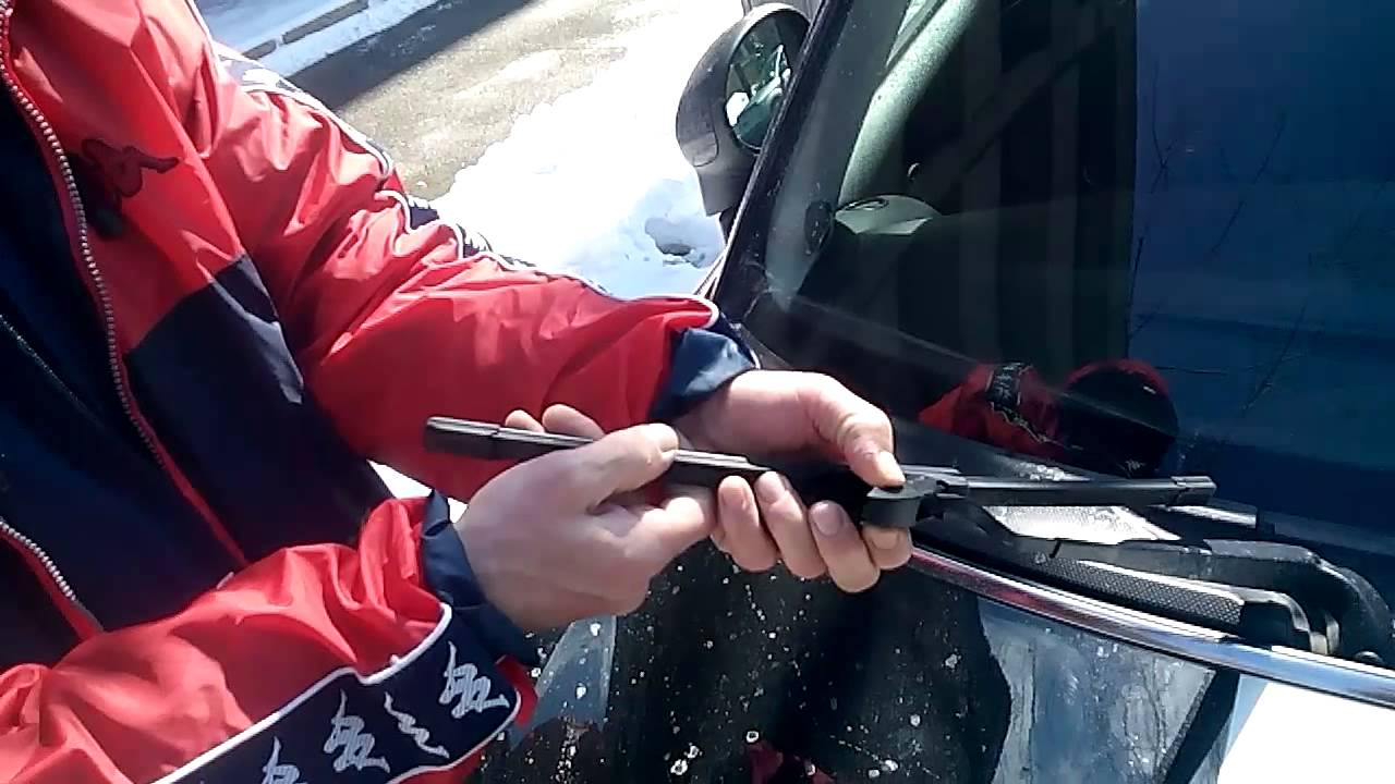 How To Replace Mini Coopers Wiper Blades Youtube