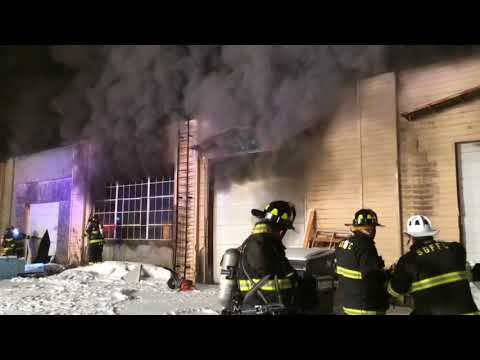 *On Scene* South Glens Falls Fire, Working Commercial Structure Fire, 1-16-18