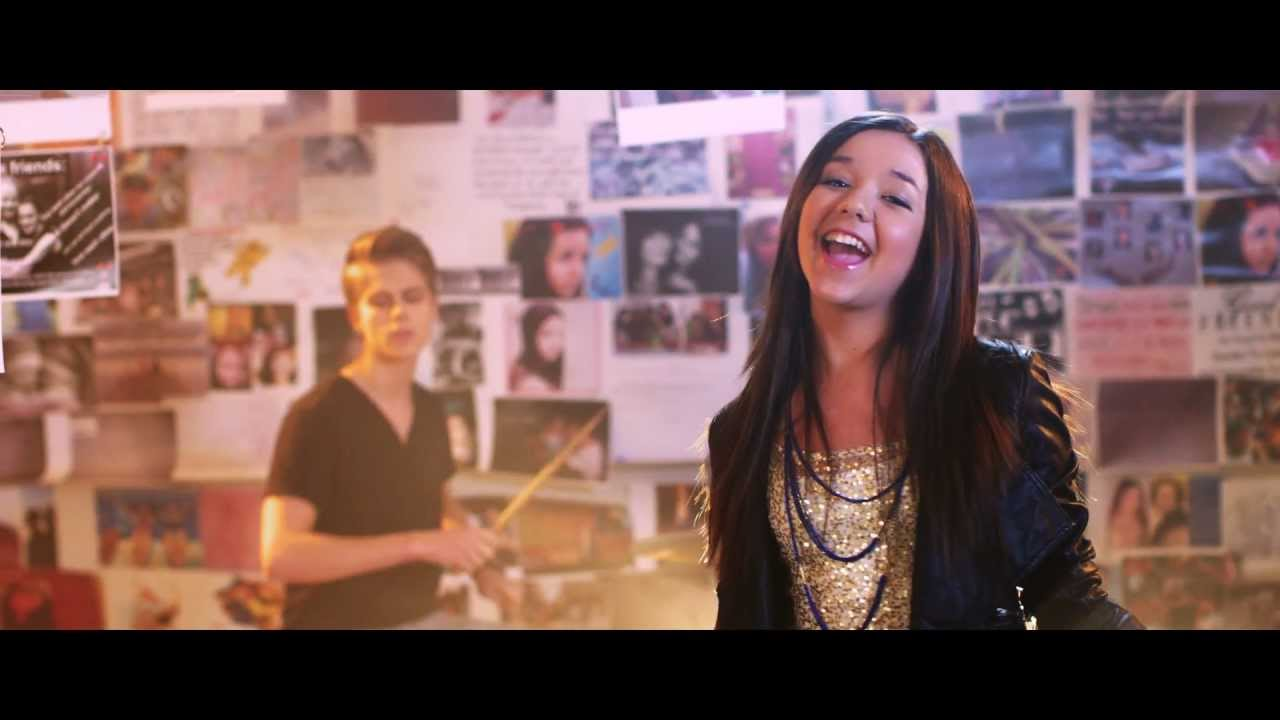 Maddi Jane - Barricade (Official Music Video)