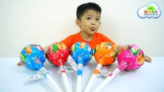 Learn colors Finger Family Song with Giant Candy - Xavi ABCKids