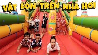Tony | Dẫn Team Đi Chơi Nhà Hơi Khổng Lồ - Bouncy House