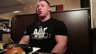VLOG EP: 18 STEAK AND EGGS WITH NICK [HOW TO GET HUGE]