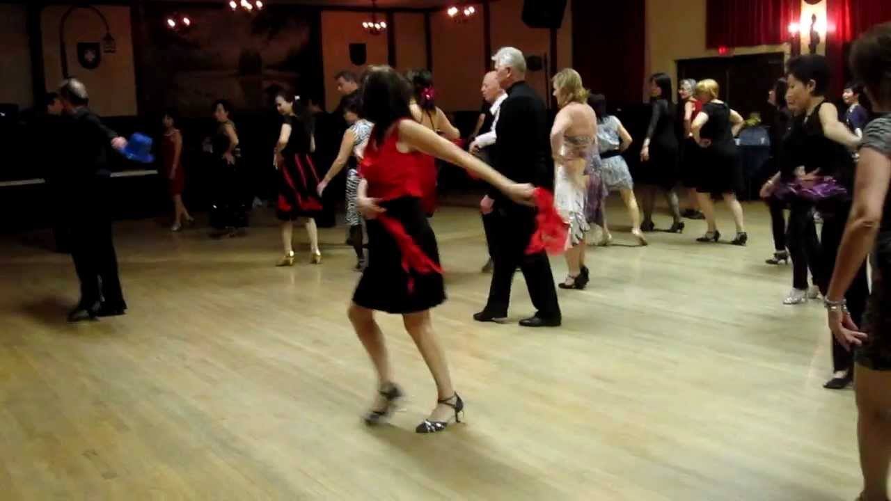 Argentine Tango Line Dance - YouTube