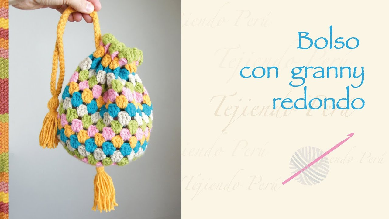 Bolso con granny redondo tejido a crochet / Crochet round granny ...