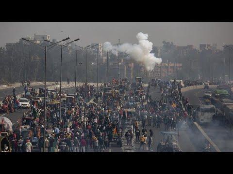 Los agricultores indios protestan contra la liberalización del mercado
