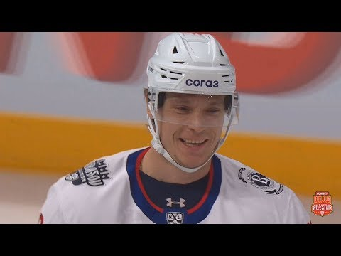 Александр Сёмин открывает счёт на Матче Звёзд КХЛ 2020