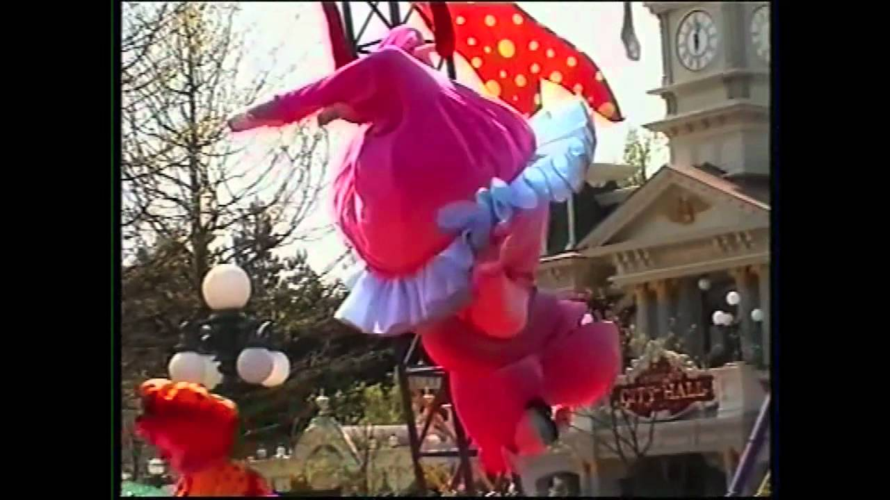 Toon Circus Parade 2001 Disneyland Paris - YouTube