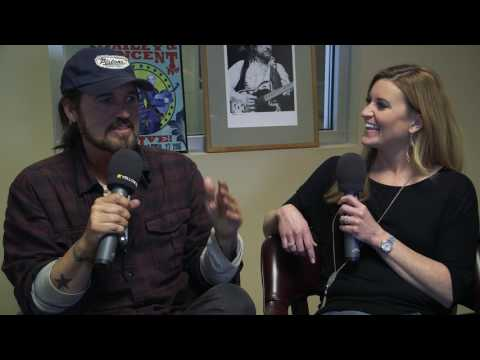 Billy Ray Cyrus Talks About His Daughter Noah