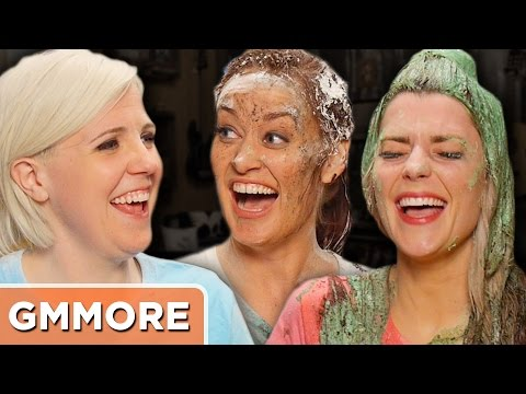 Talking Dirty with Grace Helbig, Hannah Hart, and Mamrie Hart