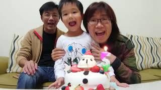 20190116。恩弟五歲生日。雪人蛋糕與TOBOT - Y 機器戰士,願望實現!
