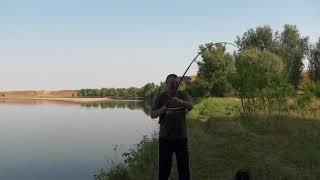 видео Рыбалка на Ахтубе в районе Волгограда