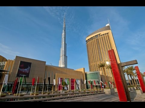 THE DUBAI MALL,  EXOTIC CAR PARKING, THE BURJ KHALIFA FOUNTAIN