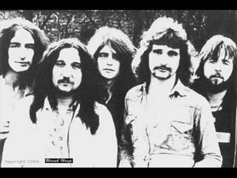 Uriah Heep - Echoes In The Dark