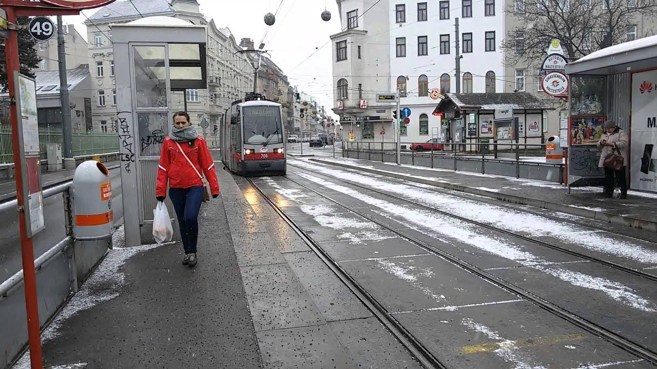 Straßenbahn Linie 49 Breitensee In Wien Youtube