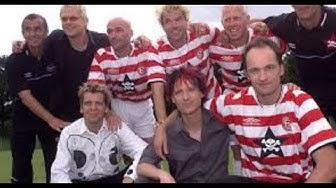 2001 Fortuna Düsseldorf | Toten Hosen Trikot | Trikotsponsor | Campino, Breiti, Shittu