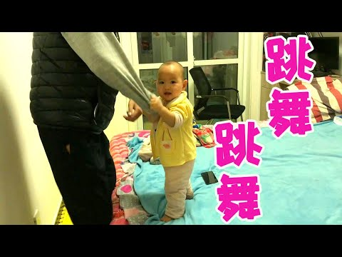 A Daughter Is Caught Giving Her Boyfriend A Blowjob By Her Mom ft. DavidSoComedy from YouTube · Duration:  11 minutes 35 seconds
