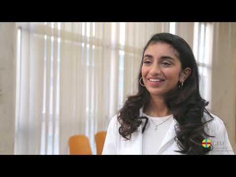 Ria, international student of Dentistry at CEU Valencia