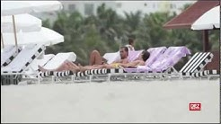 Mesut Özil nackt am Strand von Miami