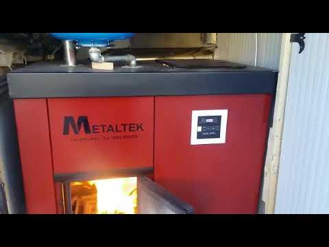 Caldaia a biomassa pellet nocciolino sansa for Caldaia biomassa usata