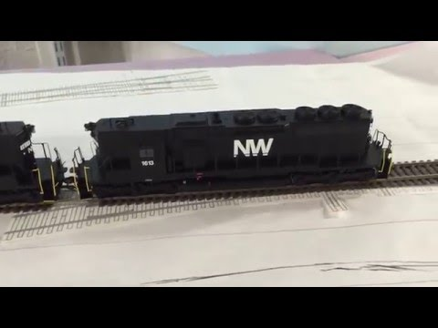 Athearn RTR SD40 With An IPhone 4 Speaker Upgrade