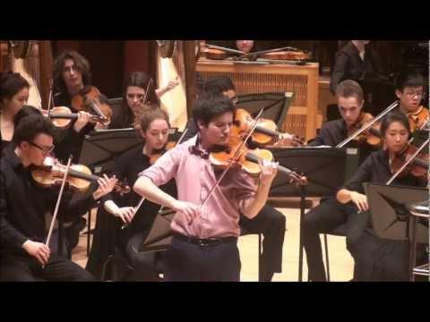 Violinist Itamar Rashkovsky performs Szymanowski Concerto
