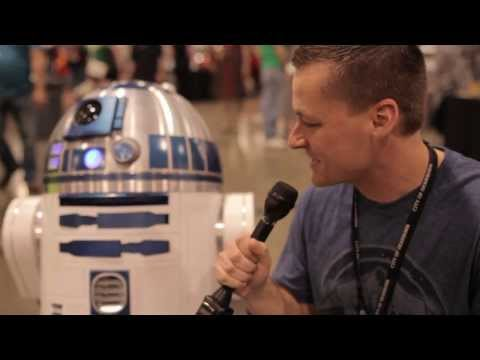 R2-D2 Interview at Motor City Comic Con 2015