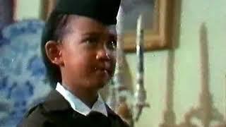 Ade Irma Suryani Nasution ceria menyambut ayahnya pulang
