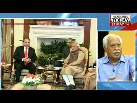 Modi reaches to meet Ex-PM Manmohan Singh