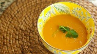 Pureed Kabocha Squash & Sweet Potato Red Curry Soup | @cooksmarts