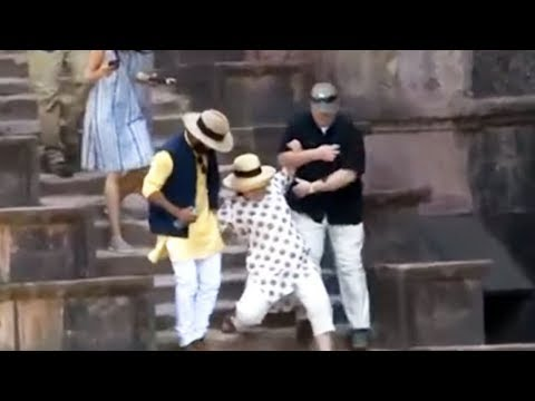 Twice Hillary Clinton nearly falls down stairs in India @hodgetwins