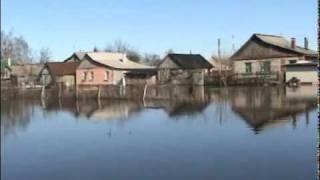 весенний паводок 2010 в Курске на ул.лучистая(1 серия)
