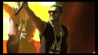 Singer Rapper Yo Yo Honey Singh booked for sexual theme songs based controversy in Punjab