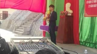 Lâm Thanh Long - Hoa sim biên giới (Live)