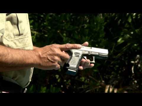 Massad Ayoob: Concealing Larger Handguns
