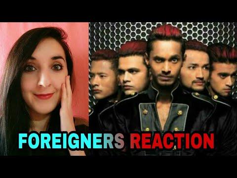 MJ5 dance foreigner reaction