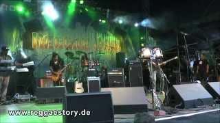 Ky-Mani Marley - 1/4 - Medley + Roots Rock Reggae - Reggae Jam 2014