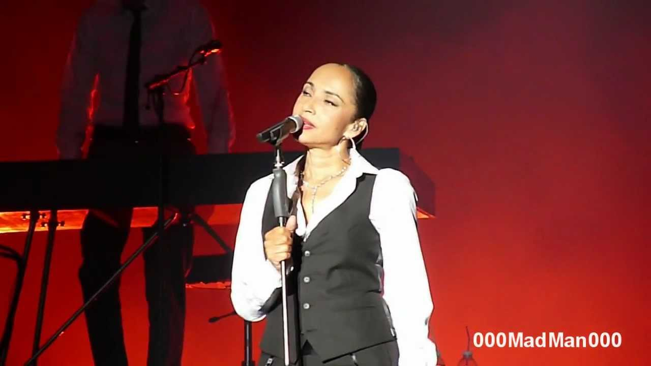 Sade - Sweetest Taboo - Live World Tour 2011 - at HSBC