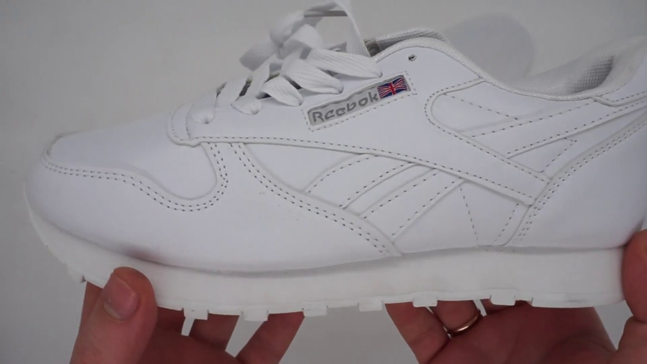c76667ee Белые женские кроссовки Reebok classic - YouTube