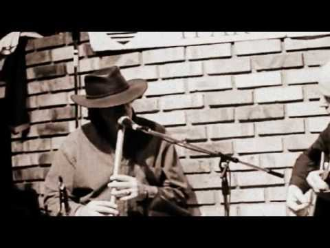 Paddy Keenan at the low whistle - Johnny's Tune