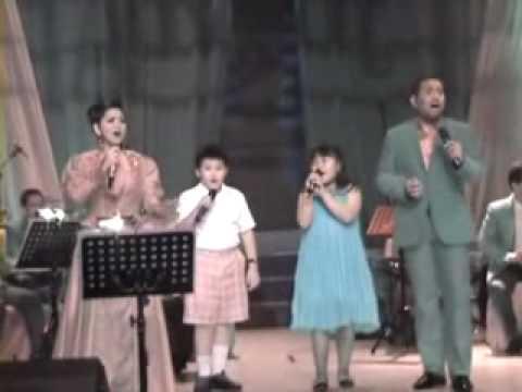 Asterisci - BALAI KARTINI Jakarta - (with Harvey Malaiholo and Vina Panduwinata)
