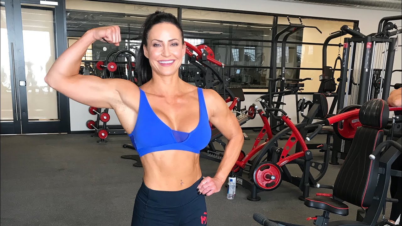 280c3d6ec31 Building muscle while losing fat  nutrition