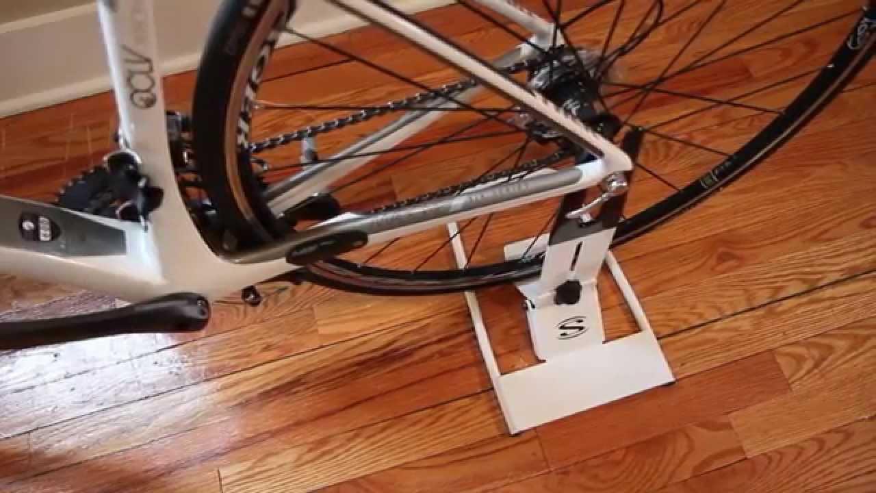 Saris home storage designer furniture for your bike for Sari furniture designer