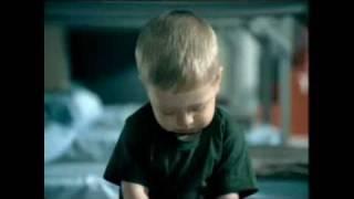 Подборка смешных реклам с детьми =)(подборки видео, которые не оставят Тебя равнодушным =) http://vkontakte.ru/public22947799 http://facebook.com/DigitalEmotion http://twitter.com/VideoV..., 2011-01-20T10:23:46.000Z)