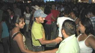 video vir CUMBIA LA MAQUINA EN PUX 2011