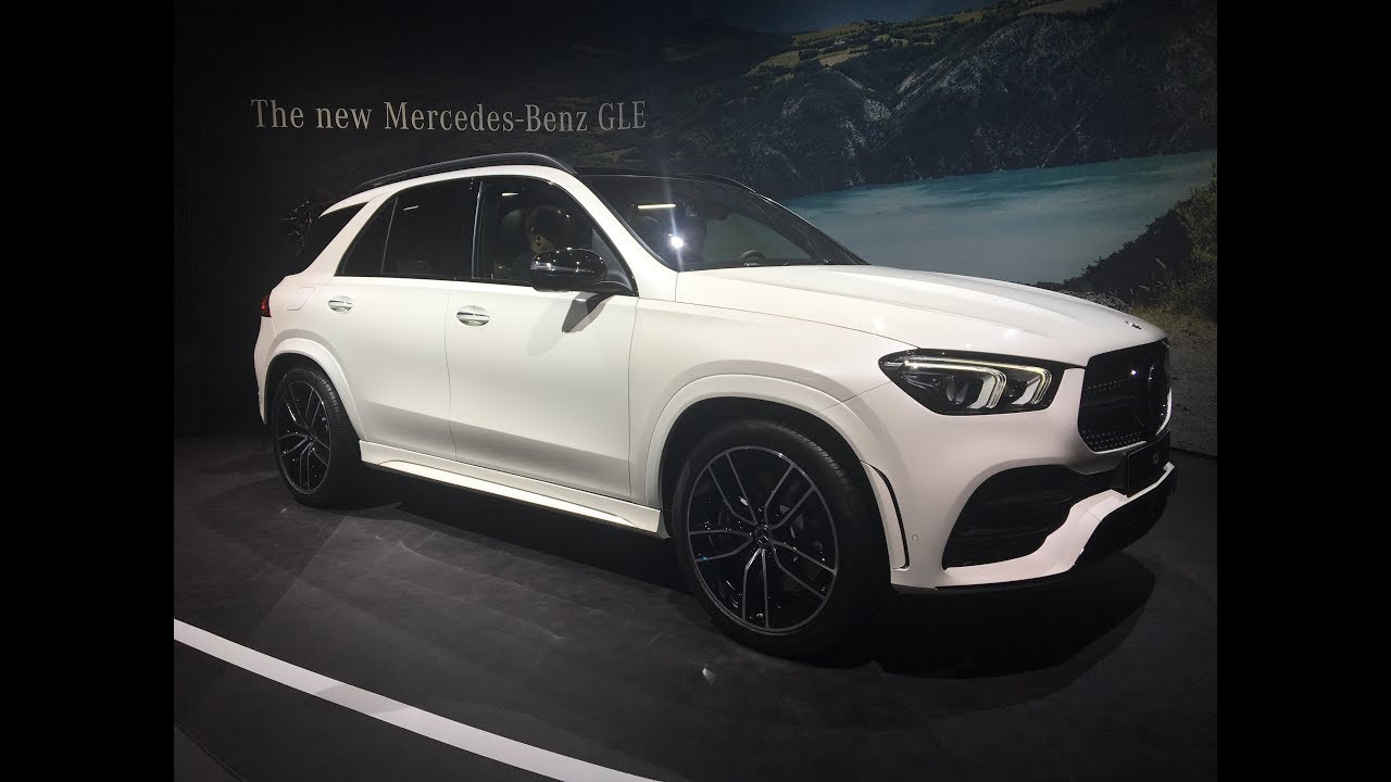 mondial de l 39 auto 2018 avant premi re mondiale du mercedes gle youtube. Black Bedroom Furniture Sets. Home Design Ideas