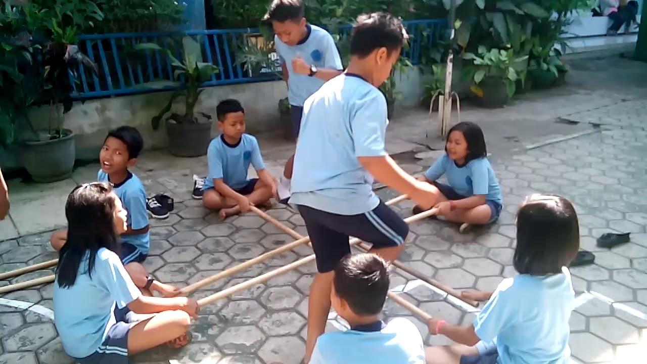 Permainan Rangku Alu Sd Kristen Petra Malang Youtube